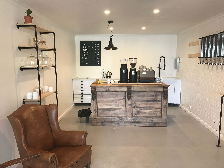 JW Polishing - Rustic Coffee Counter